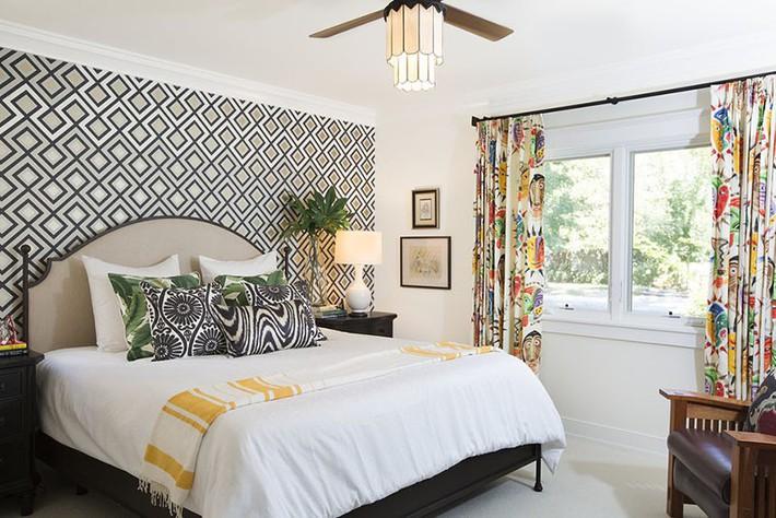 Bỏ túi vài mẹo trang trí phòng ngủ khiến không gian nghỉ ngơi của bạn đẹp chẳng kém trên tạp chí - Ảnh 8.
