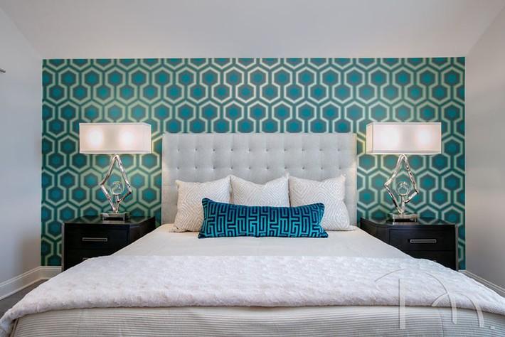 Bỏ túi vài mẹo trang trí phòng ngủ khiến không gian nghỉ ngơi của bạn đẹp chẳng kém trên tạp chí - Ảnh 11.