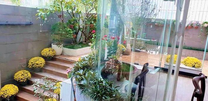 Trầm trồ xuýt xoa khi ngắm những ngôi nhà hạng sang của siêu mẫu Việt - Ảnh 2.