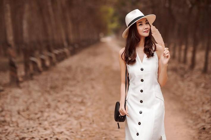 Trầm trồ xuýt xoa khi ngắm những ngôi nhà hạng sang của siêu mẫu Việt - Ảnh 14.