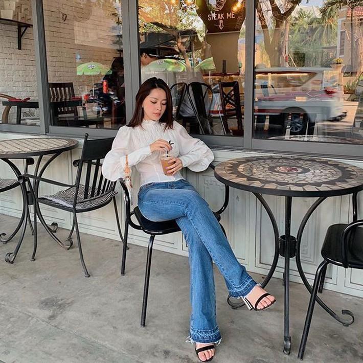 Tuy là bạn thân nhưng street style của Chi Pu và Quỳnh Anh Shyn cứ như 2 đường thẳng song song vậy - Ảnh 1.
