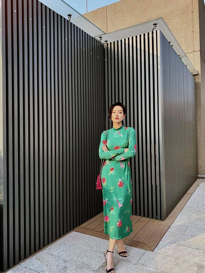 Tuy là bạn thân nhưng street style của Chi Pu và Quỳnh Anh Shyn cứ như 2 đường thẳng song song vậy - Ảnh 7.