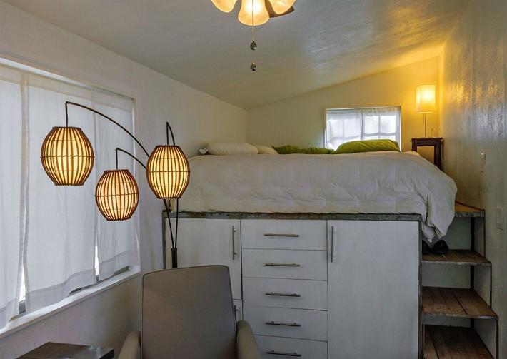 Cuộc đấu tranh để nhét thật nhiều vật dụng vào một phòng ngủ nhỏ đã đến hồi kết khi có quá nhiều các ý tưởng thiết kế truyền cảm hứng thế này đây - Ảnh 1.