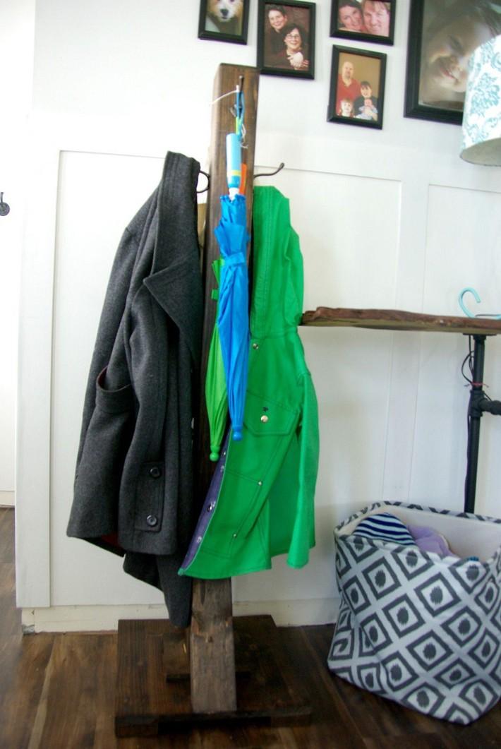 Nếu sở hữu một ngôi nhà chật bạn cần học lỏm ngay hai mẫu giá treo quần áo DIY này để giúp không gian trông gọn gàng hơn  - Ảnh 3.