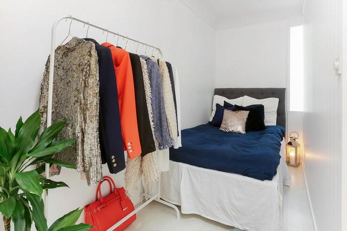 Cuộc đấu tranh để nhét thật nhiều vật dụng vào một phòng ngủ nhỏ đã đến hồi kết khi có quá nhiều các ý tưởng thiết kế truyền cảm hứng thế này đây - Ảnh 3.