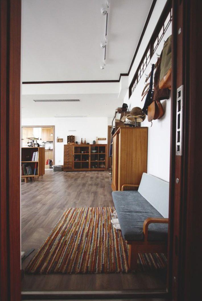 Căn hộ 83m² của gia đình trẻ ở Nhật đẹp cuốn hút nhờ có khu vực lưu trữ thông minh - Ảnh 5.