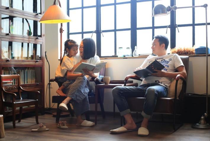 Căn hộ 83m² của gia đình trẻ ở Nhật đẹp cuốn hút nhờ có khu vực lưu trữ thông minh - Ảnh 1.