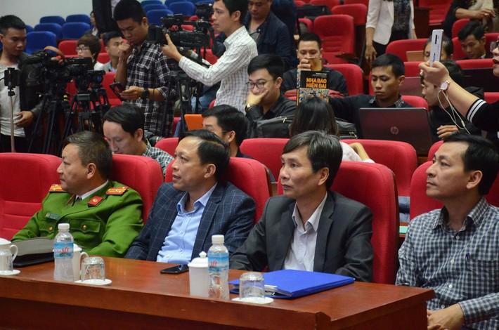 Phạt bà Phạm Thị Yến 5 triệu đồng, yêu cầu dừng ngay hoạt động thỉnh oan gia trái chủ tại chùa Ba Vàng - Ảnh 3.