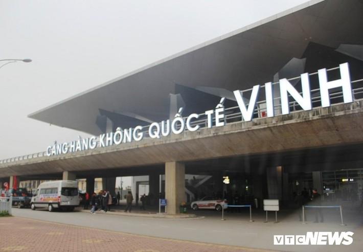 Cơ trưởng Vietjet Air nghe nhầm, máy bay Vietnam Airlines phải bay vòng vèo chờ hạ cánh - Ảnh 1.