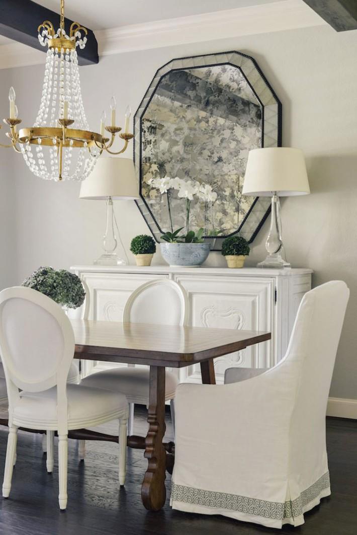 Nâng tầm phòng ăn gia đình chỉ với một món đồ vô cùng giản đơn lại quen thuộc - Ảnh 7.