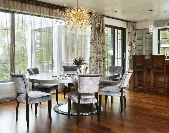 Không cần phải đắn đo nhiều vì bàn tròn luôn là lựa chọn tuyệt vời cho phòng ăn gia đình - Ảnh 9.
