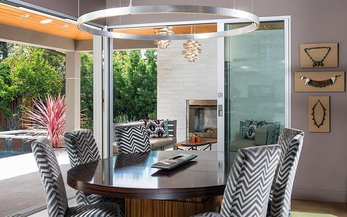 Không cần phải đắn đo nhiều vì bàn tròn luôn là lựa chọn tuyệt vời cho phòng ăn gia đình - Ảnh 11.