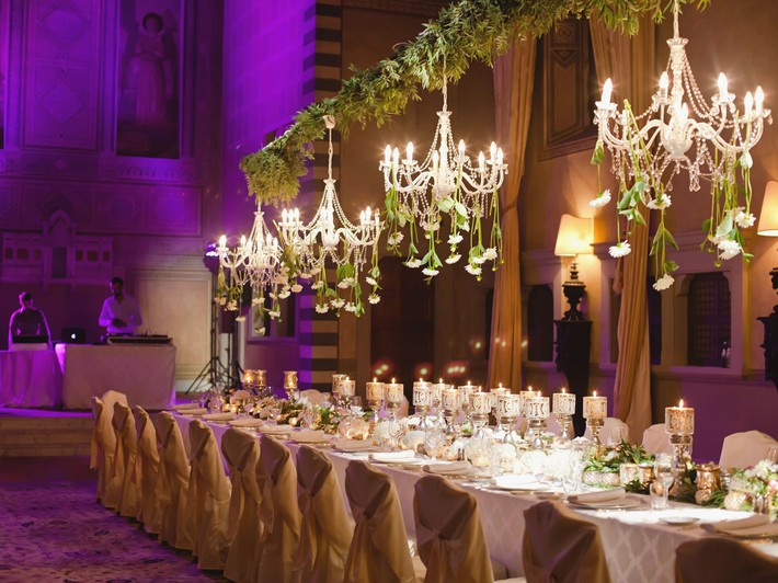 9 ý tưởng trang trí đám cưới bằng hoa tươi đẹp hút mắt khách mời ngay khi đến - Ảnh 9.
