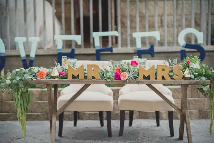 Những chi tiết mới lạ để tiệc cưới của bạn thêm phần ấn tượng - Ảnh 9.
