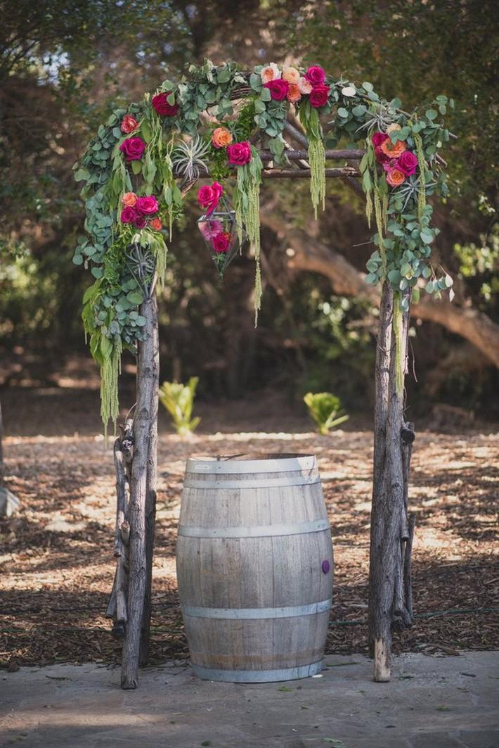 Những chi tiết mới lạ để tiệc cưới của bạn thêm phần ấn tượng - Ảnh 4.