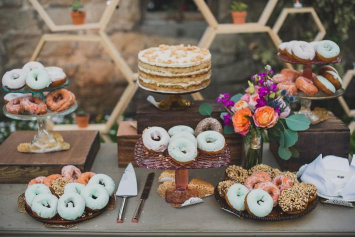 Những chi tiết mới lạ để tiệc cưới của bạn thêm phần ấn tượng - Ảnh 10.