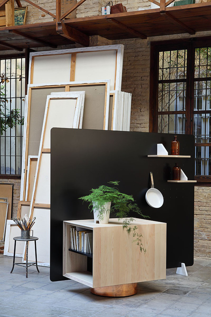 Căn bếp nhỏ gọn, độc đáo cho không gian sống hiện đại - Ảnh 3.