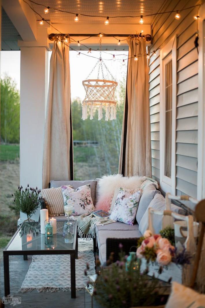 Những ý tưởng siêu đẹp mà bạn có thể dễ dàng áp dụng vào góc thư giãn của gia đình để chào đón mùa hè - Ảnh 1.