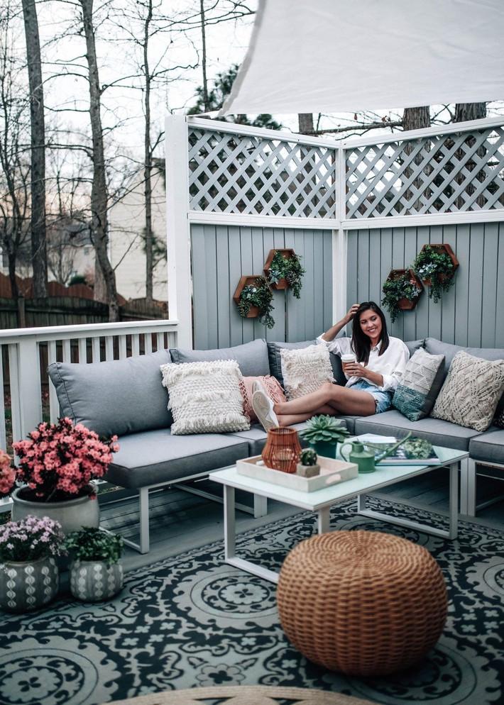 Những ý tưởng siêu đẹp mà bạn có thể dễ dàng áp dụng vào góc thư giãn của gia đình để chào đón mùa hè - Ảnh 7.