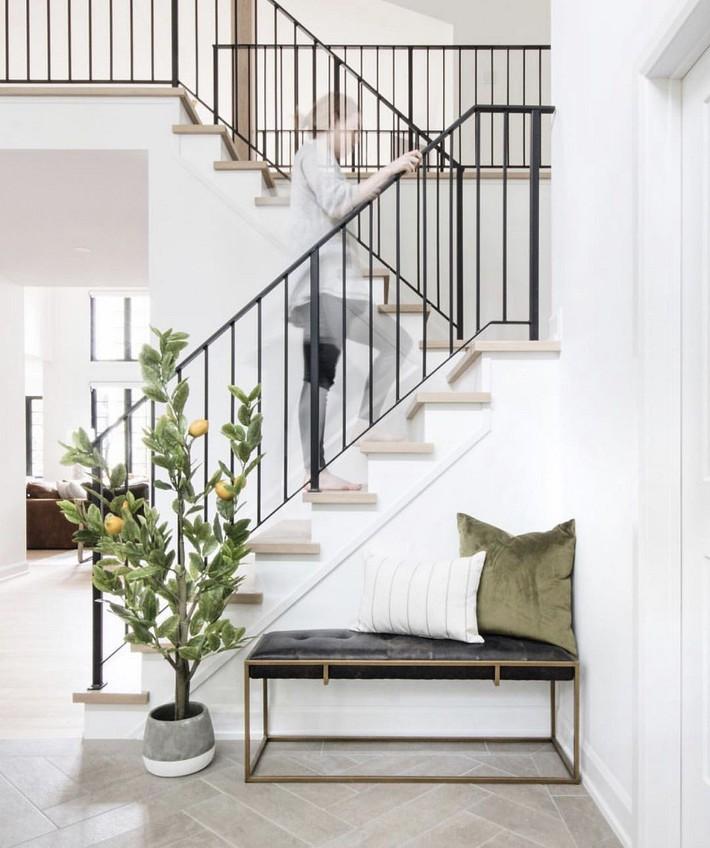 Ngừng biến lối vào nhà mình thành góc chết nhờ 3 ý tưởng thiết kế phổ biến và độc đáo này - Ảnh 1.