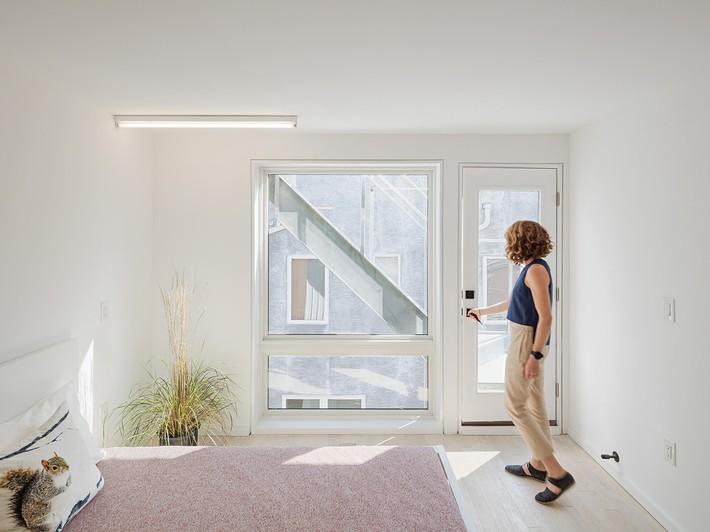 Ngôi nhà 32m² thiết kế như tòa cao ốc mini khiến ai nấy đều trầm trồ - Ảnh 9.