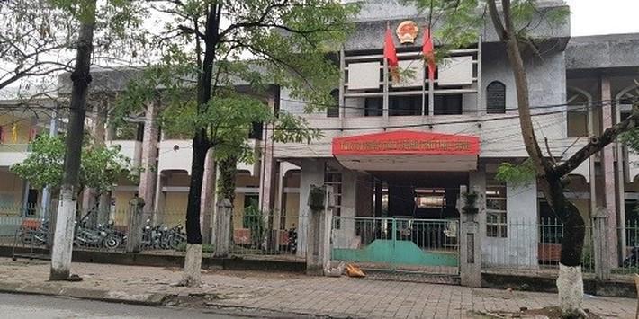 Ngày 19/4, xét xử cựu thượng tá công an dâm ô nữ sinh lớp 9 - Ảnh 1.