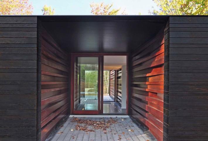 Ấn tượng với ngôi nhà bằng gỗ và kính của cặp vợ chồng thiết kế đồ họa - Ảnh 7.