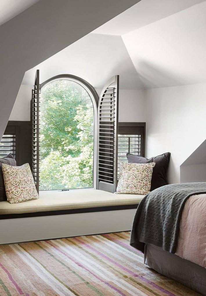 Nhà phố hiện đại với 2 mẫu thiết kế cửa sổ đang thịnh hành, mẫu thứ hai đặc biệt phù hợp với những ngôi nhà chật hẹp - Ảnh 11.