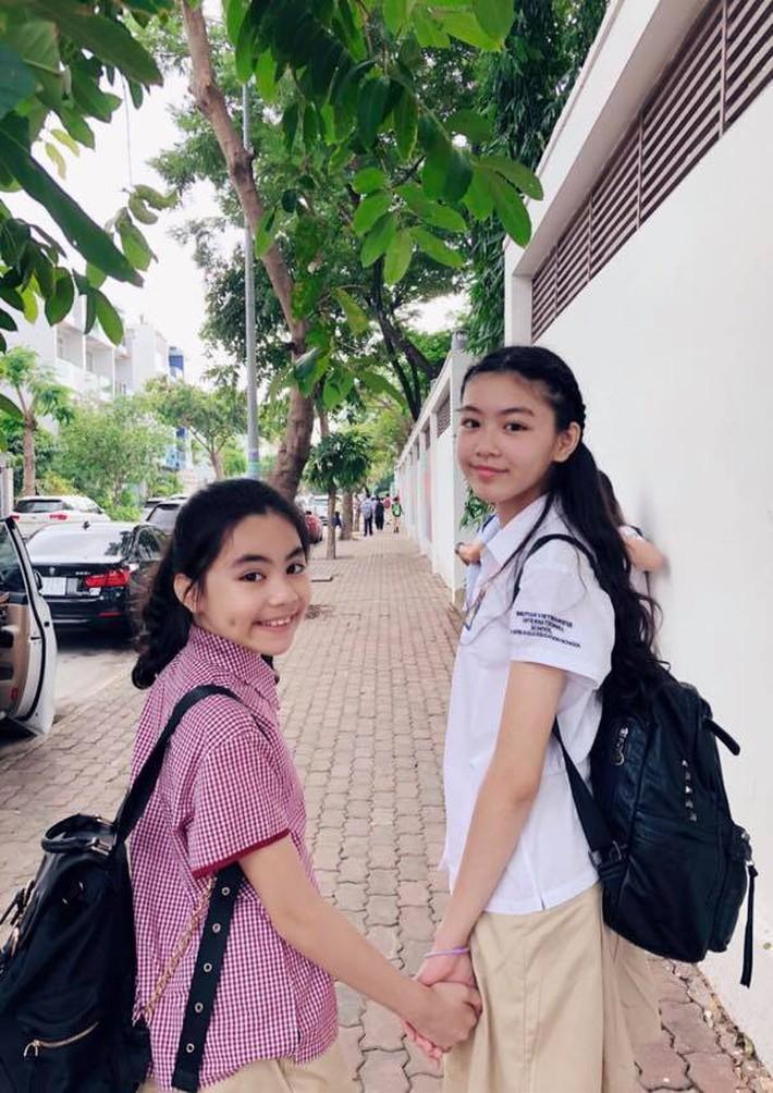 Con gái lớn của MC Quyền Linh: 14 tuổi đã cao 1m70, nhan sắc hao hao Trương Bá Chi khiến dân tình dự đoán sẽ trở thành Hoa hậu tương lai - Ảnh 9.