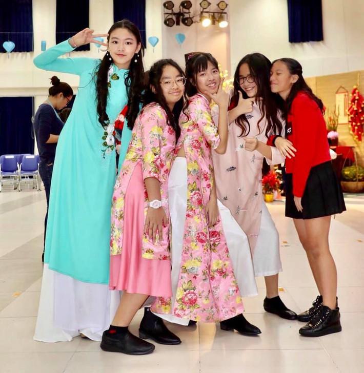 Con gái lớn của MC Quyền Linh: 14 tuổi đã cao 1m70, nhan sắc hao hao Trương Bá Chi khiến dân tình dự đoán sẽ trở thành Hoa hậu tương lai - Ảnh 6.