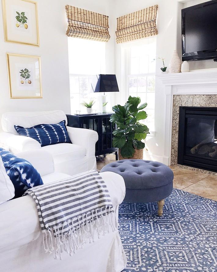 Mùa hè tới rồi, ngại ngần gì mà không thử đem cả biển xanh vào trang trí phòng khách nhà mình cho mát mẻ - Ảnh 9.