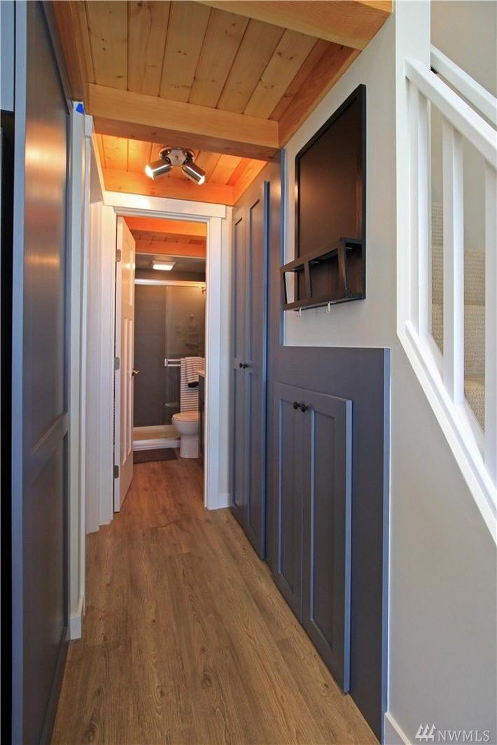 Học hỏi cách thiết kế của ngôi nhà nhỏ 37m² tiện lợi đủ đường - Ảnh 11.