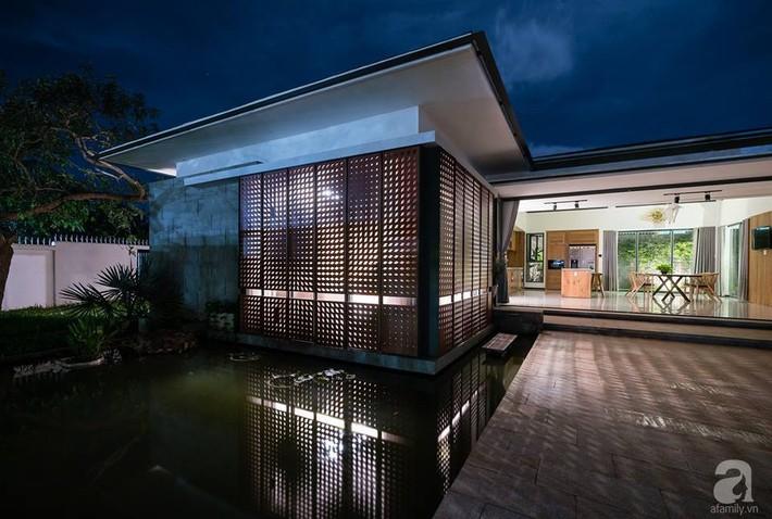 Đồng Nai: Ngôi nhà vườn ở ngoại ô xanh tươi, trong lành với cây cối tỏa bóng nắng quanh nhà - Ảnh 10.