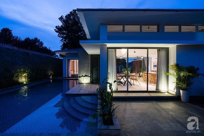 Đồng Nai: Ngôi nhà vườn ở ngoại ô xanh tươi, trong lành với cây cối tỏa bóng nắng quanh nhà - Ảnh 2.