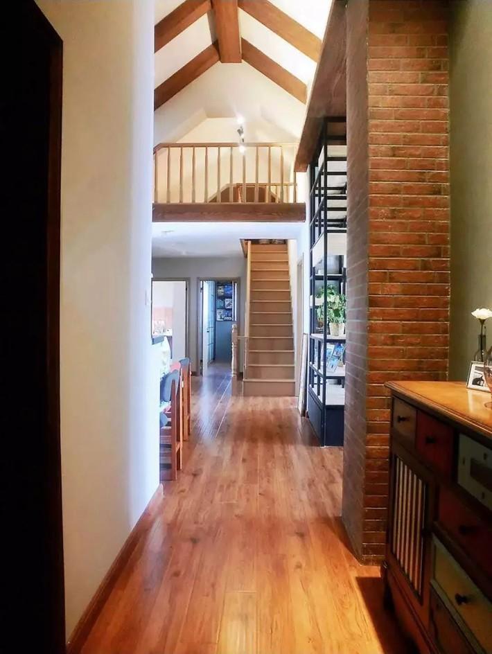 Căn hộ 170m² được thiết kế lý tưởng dành cho những cặp vợ chồng yêu thích đọc sách - Ảnh 3.