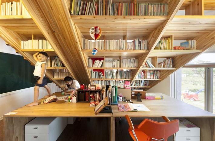 Tận dụng cầu thang thành tủ sách đang trở thành xu hướng, có thiết kế khiến giới mộ điệu phải ngạc nhiên vì sự hoành tráng đến không tưởng - Ảnh 15.