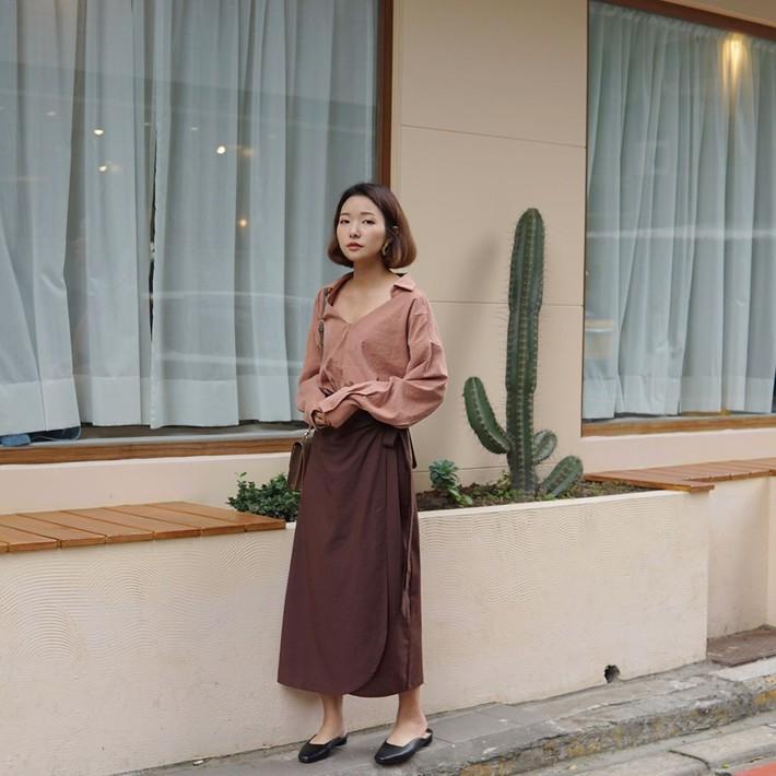 Tiện 1 công ngắm 15 set đồ từ street style Châu Á, các nàng lên luôn danh sách các món cần sắm hè này  - Ảnh 1.