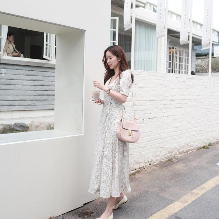 Tiện 1 công ngắm 15 set đồ từ street style Châu Á, các nàng lên luôn danh sách các món cần sắm hè này  - Ảnh 11.