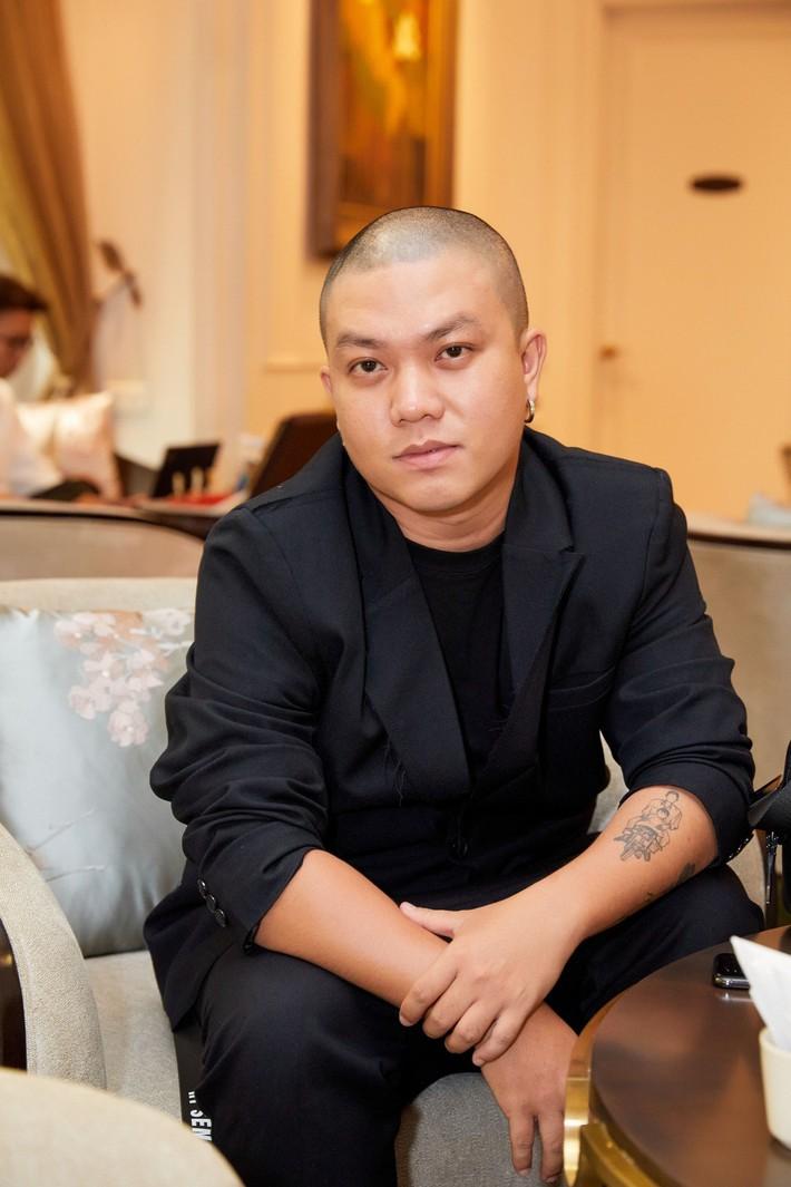 Suốt 11 năm sau ngày đăng quang, chưa bao giờ HH Thùy Dung lại khoe sắc vóc táo bạo đến nghẹt thở thế này - Ảnh 8.