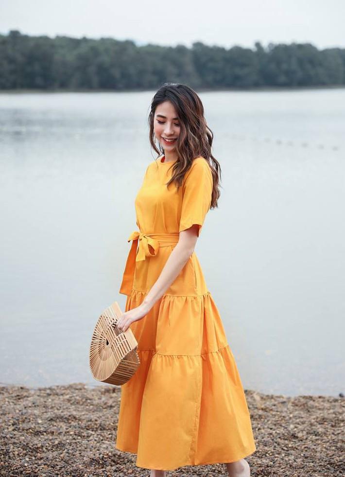 Tháng 4 về gió hát mùa hè, các nàng chờ gì mà chưa xinh tươi với 20 mẫu váy liền từ các thương hiệu Việt - Ảnh 18.