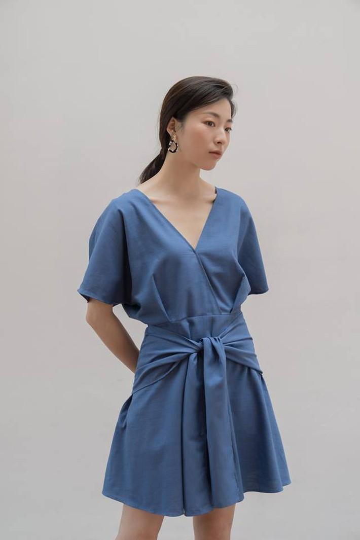 Tháng 4 về gió hát mùa hè, các nàng chờ gì mà chưa xinh tươi với 20 mẫu váy liền từ các thương hiệu Việt - Ảnh 6.