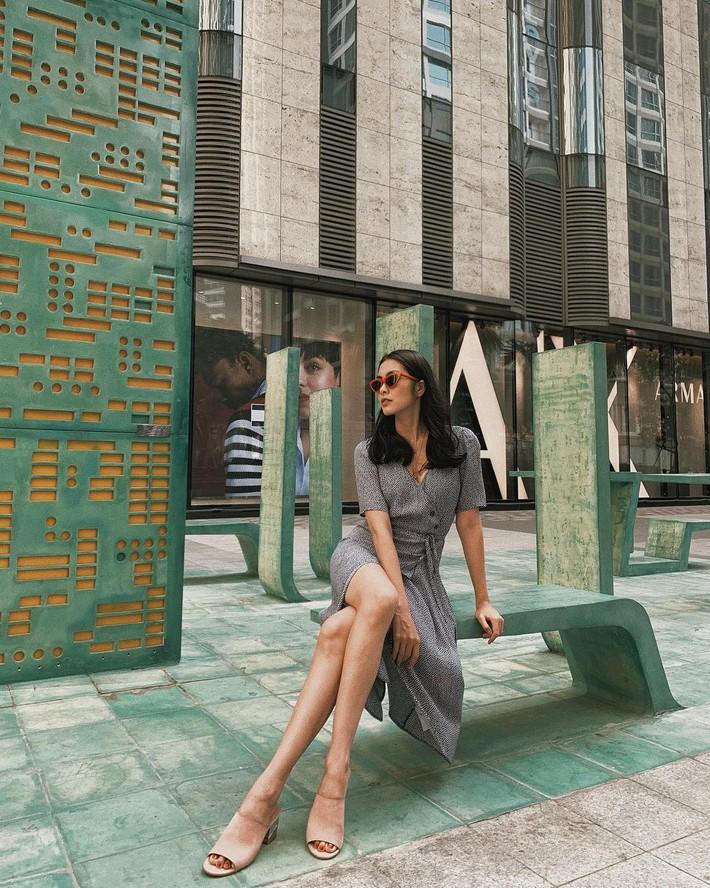 Tiện một công tung tăng diện váy xinh, loạt sao Việt gián tiếp gợi ý cho các chị em những mẫu váy liền đáng sắm nhất trong hè này - Ảnh 2.