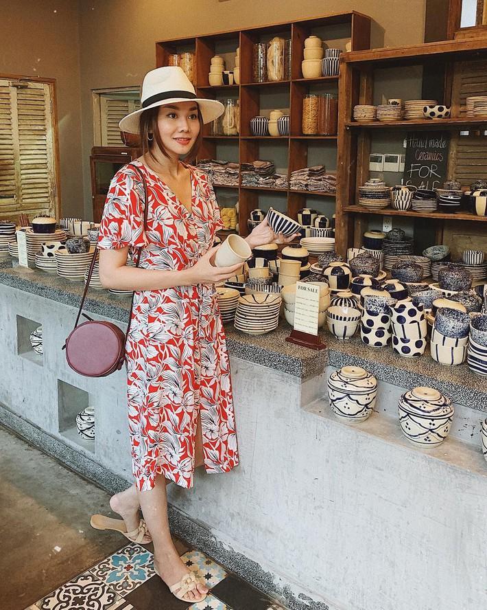 Tiện một công tung tăng diện váy xinh, loạt sao Việt gián tiếp gợi ý cho các chị em những mẫu váy liền đáng sắm nhất trong hè này - Ảnh 5.