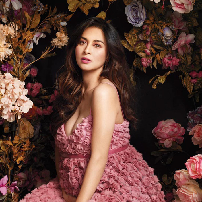 """""""Bà mẹ đẹp nhất Philippines"""" Marian Rivera chứng minh thần thái đỉnh cao trong bộ ảnh khoe bụng bầu 8 tháng - Ảnh 4."""