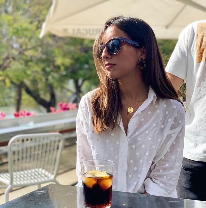 """Hè này áo sơ mi trắng Zara lại gây sốt, dự là hội sành mốt sẽ phải sắm ngay vì quá đẹp """"từ cái nhìn đầu tiên"""" - Ảnh 8."""