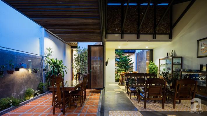 Ngôi nhà có tuổi lột xác thành nhà vườn xanh mát của cặp vợ chồng về hưu ở Vĩnh Long - Ảnh 7.