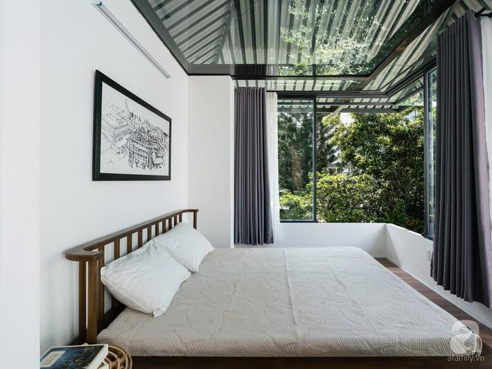 Ngôi nhà tọa lạc tại góc khuất trong con hẻm nhỏ đẹp ấn tượng với điểm nhấn từ gạch trần và cây xanh ở quận Phú Nhuận, TP. HCM - Ảnh 13.