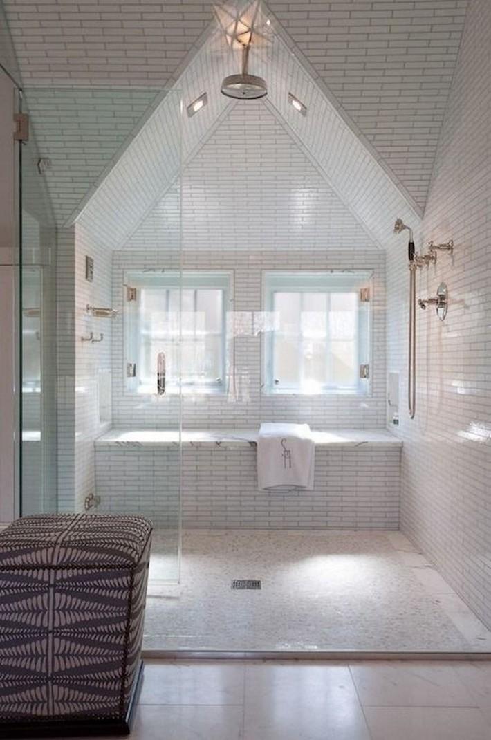 Những ý tưởng thiết kế phòng tắm gác mái siêu tinh tế, cực đẹp mắt - Ảnh 10.