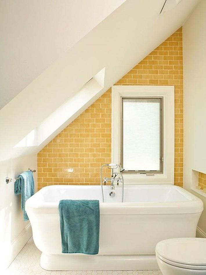 Những ý tưởng thiết kế phòng tắm gác mái siêu tinh tế, cực đẹp mắt - Ảnh 11.