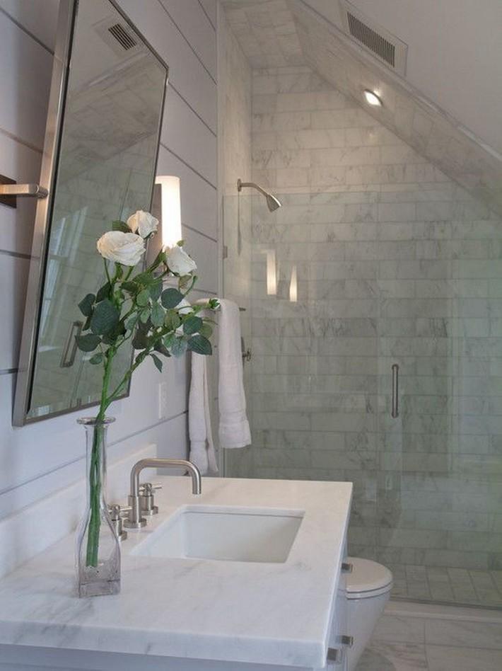 Những ý tưởng thiết kế phòng tắm gác mái siêu tinh tế, cực đẹp mắt - Ảnh 9.